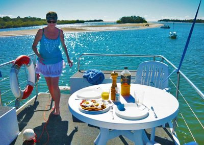 Breakfast on the Noosa River